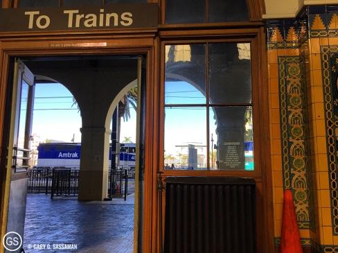 001_TrainRide